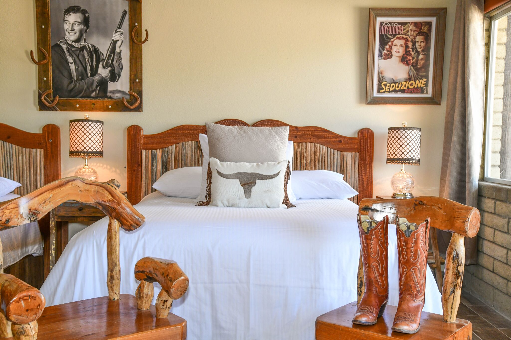 Experience Western Lodging at the Tumbleweed Hotel